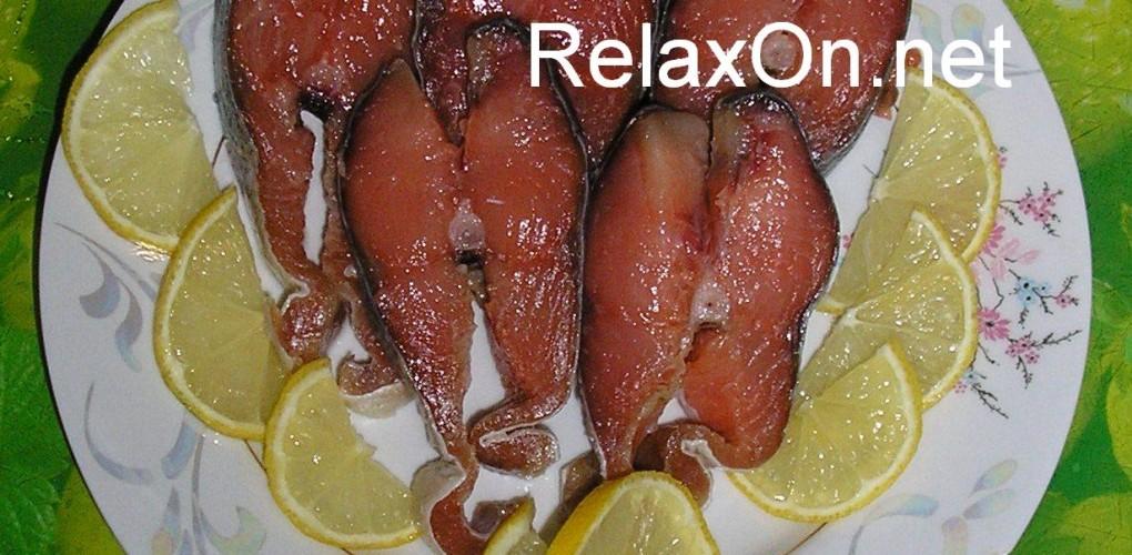 Как солить целую красную рыбу в домашних условиях
