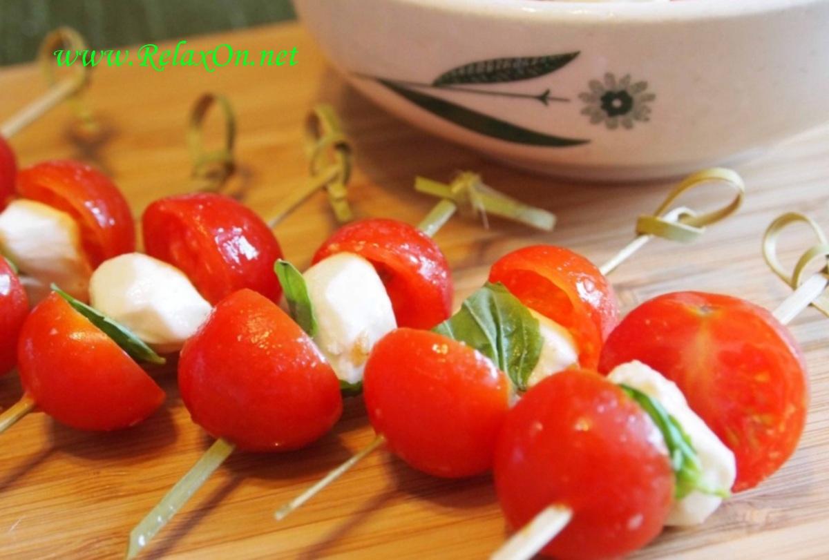 3- Канапе из помидоров и сыра
