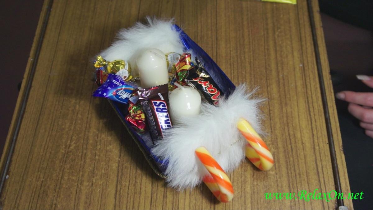 4-Сани Деда Мороза с подарками